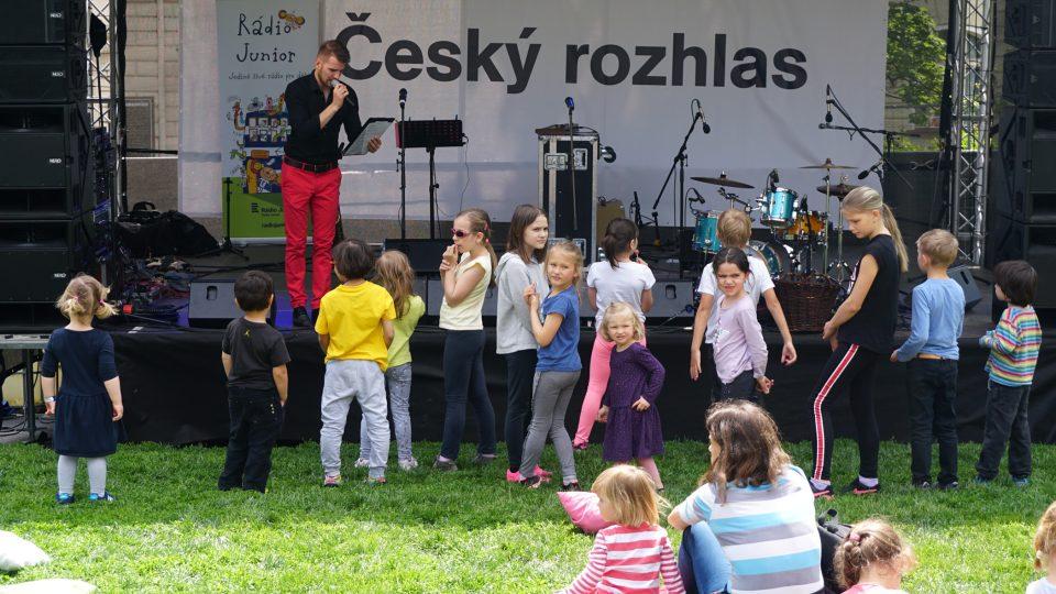 Děti se na Dni oteřených dvěří českého rozhlasu rozhodně nenudily.