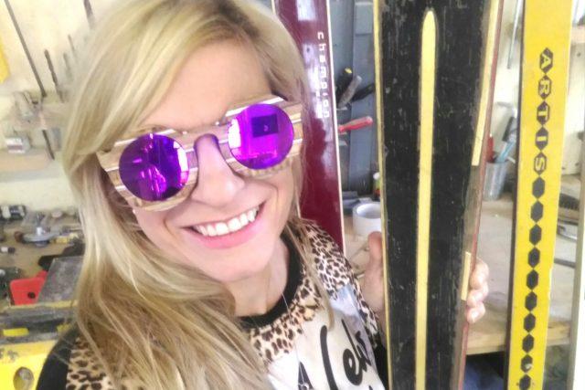 Brýle jsou i slušivé, jak je vyzkoušela redaktorka Lucie Fürstová