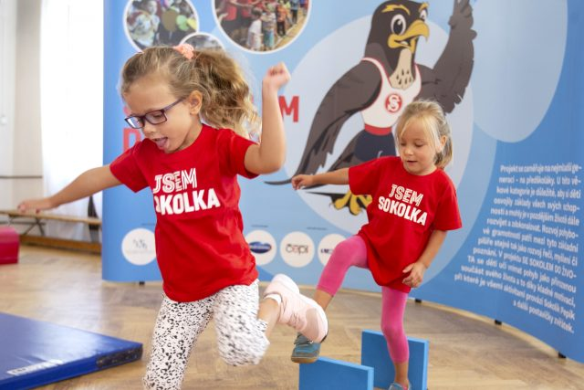 Tahle cvičení baví prťata i dospěláky | foto: Markéta Navrátilová