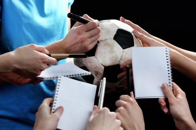 Jak začít se sbíráním autogramů? | foto: Shutterstock