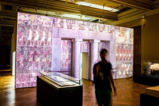 Z expozice výstavy Sluneční králové