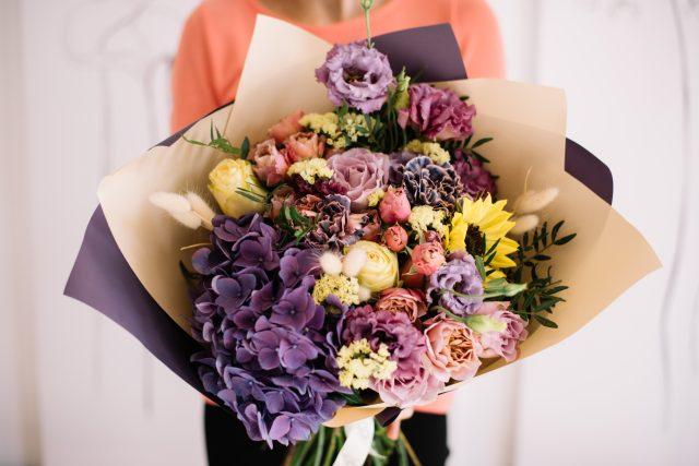 Každá květina v kytici má svůj význam. Poznejte, jak funguje květomluva