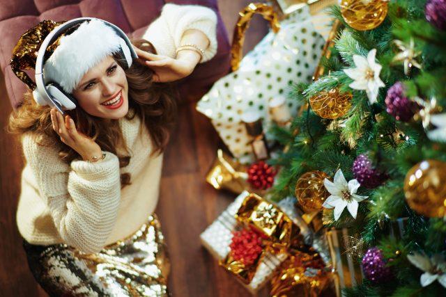 Užijte si hudební vánoční novinky roku 2020