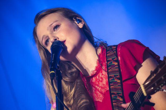 Písničkářka Tereza Balonová | foto: Petr Klapper