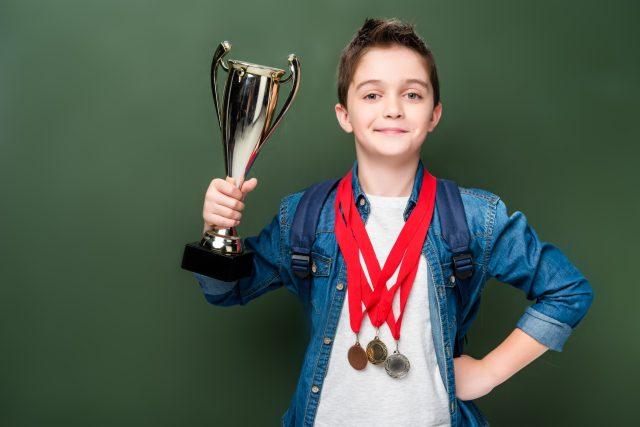 Nemusíte vyhrávat jeden pohár za druhým,  abyste se naučili něco důležitého | foto: Shutterstock